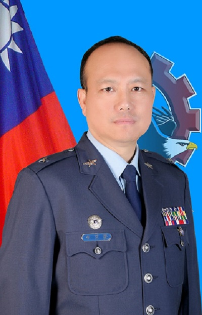 Commander General Lee Ju-Sheng of the Air Force Maintenance and Logistics Command