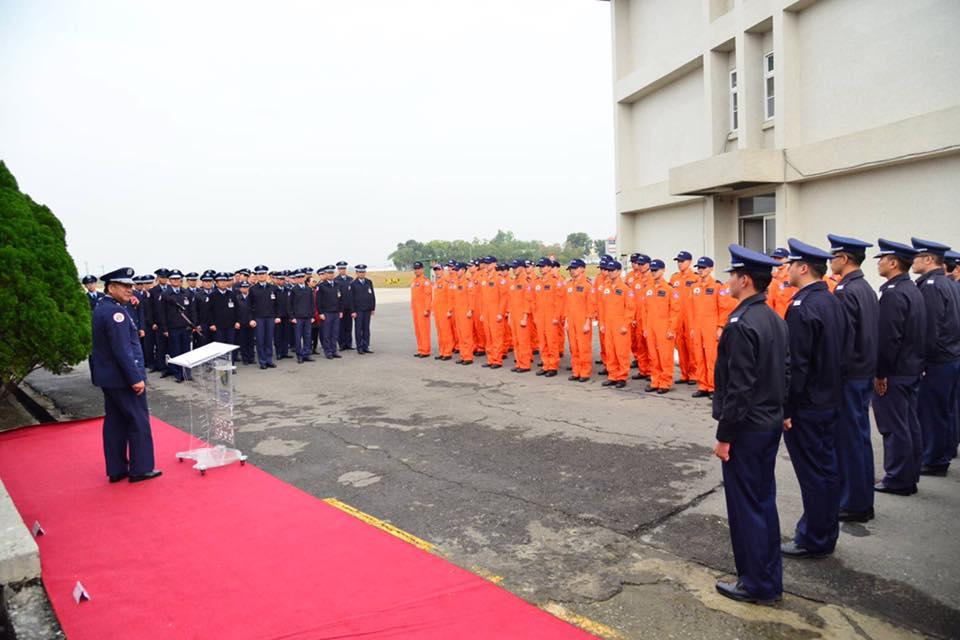 空軍官校舉行飛行訓練指揮部「合約管理科」成立揭牌典禮-4