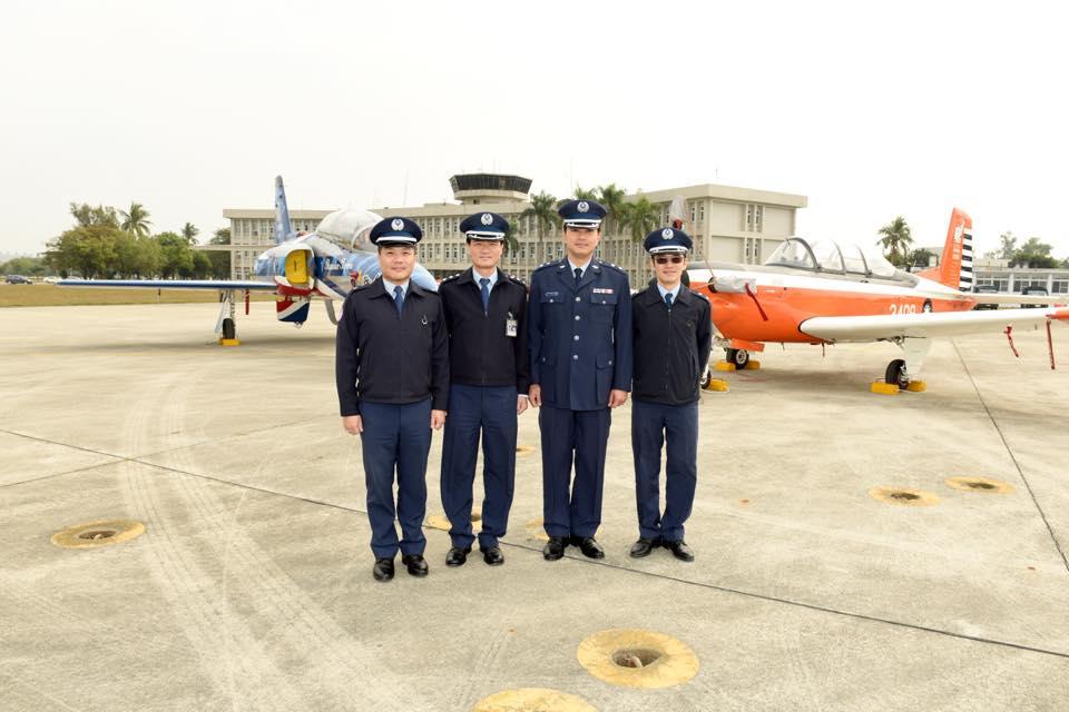 空軍官校舉行飛行訓練指揮部「合約管理科」成立揭牌典禮-5